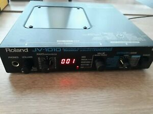 ROLAND JV1010 64 Voice Synthesizer Modul ( JV 1010 )
