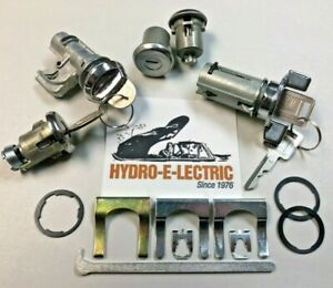 NEW 1971-1973 Cadillac Complete OE Style Lock Set with Cadillac/GM keys