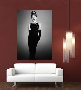 Audrey Hepburn Breakfast At Tiffany's Giant 1 Piece Wall Art Poster TVF151