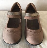 BOC Born Concepts Brown Suede Mary Janes Size 9