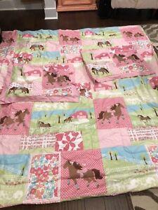 Circo Pretty Horses Full Reversible Comforter And Two Shams