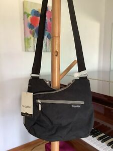 NWT baggallini Cohort Crossbody Bag lightweight travel Black