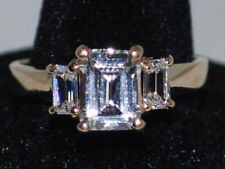 14k Gold ring with CZ and beautiful design