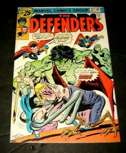 Defenders #35 - NM KEY ISSUE - Valkyrie