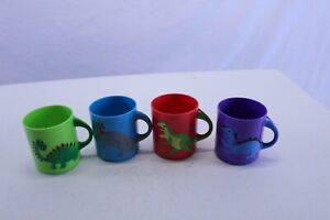 """Set of 4 Dinosaur Mugs 3"""" Plastic Age 3+ 4 Different Colors and Dinosaurs"""