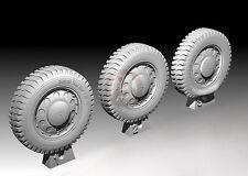Royal Model 1/35 Dunlop Trax Grip 7.00x18 Dingo Scout Car Wheels WWII (4 pc) 741