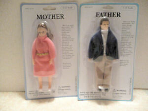 """Dollhouse Miniature 1:12"""" Scale Mother and Father Dolls For Dollhouse"""