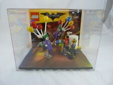 Lego Batman 70900 - The Joker Balloon Escape - In Showcase