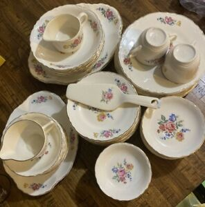 """HOMER LAUGHLIN """"HAZEL"""" by SCIO POTTERY PINK ROSE/CABBAGE ROSE-67 PIECES"""