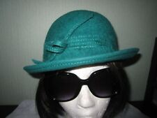 Vtg Kates Boutique Canada dyed green beaver fur cloche style short brim hat