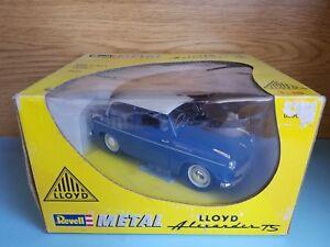 1/18 REVELL LLOYD ALEXANDER TS BLUE