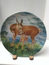 """Wildlife Painter,Yin-Rei Hicks' """"A Reassuring Touch""""  1985 Collectible Plate"""