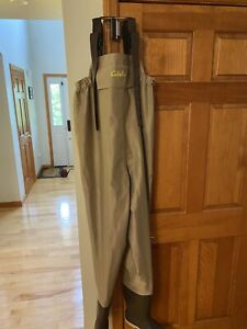 Cabela's Three Forks Featherlight Chest Waders Tan Youth 8 Felt Sole PVC coated