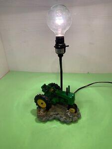 Vintage John Deere 1999 Tractor Table Lamp