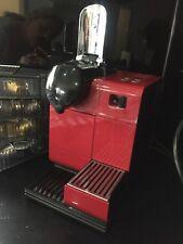 Delonghi EN52O R Lattissima Coffee Machine - Red