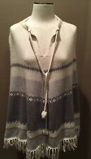 NWOT MAC & JAC Sz L GRAY CREAM NORDIC PONCHO SWEATER W FRINGE