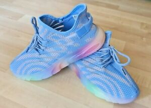 WANTED Women's Athletic Sneakers GALAXY Striped Knit Sneakers Blue Gray Size 8.5