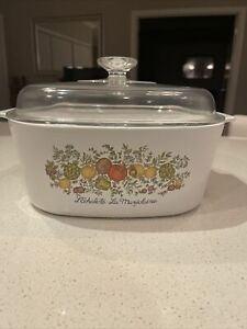 Corning Ware Casserole 5L! Vintage and Rare!! Like New Hardly Used!