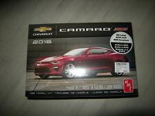 1:25 AMT Chevrolet Camaro SS 2016 OVP