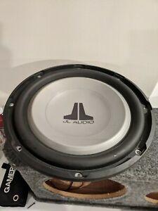 JL Audio 12W1V2-4 Subwoofer 12 Car Audio Speaker 300 W 4 Ohm W / Cover Grill