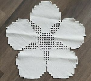 1x Hardanger Tischdecke Mitteldecke als Blume 🌸 feinste Handarbeit weiß 46cm