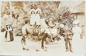London Zoo. Antique Photographic Postcard Used 1906. Girls on Camel