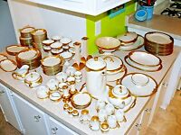 130 Pieces Gold Encrusted Heinrich & Co H&Co H&C Selb Bavaria Germany China Set