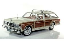 MOTOR MAX 1979 CHRYSLER LEBARON TOWN & COUNTRY DIE CAST 1/24 WOODY 73200AC