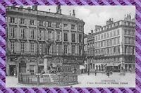 CPA 33 - BORDEAUX - place richelieu et statue carnot