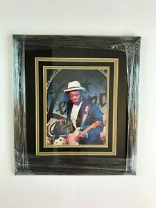BUDDY GUY Autographed Photo & Custom Framed