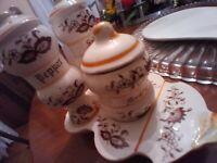 Original Arnart Creation Japan Salt and Pepper Shakers & mustard Brown Onion