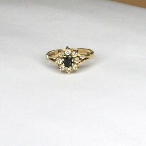 Vintage 9ct yellow gold Sapphire and Cubic Zirconia cluster ring. Size M 1/2.