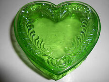 Vaseline glass heart pattern powder jewelry box dresser tray holder ring uranium