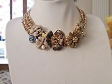 Brand new chunky 3 chain gold collar  necklace with flowers