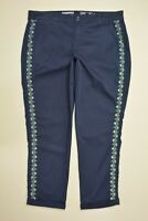 SONOMA Size 10 Womens NAVY BLUE Embroidered STRETCH Cuffed Cropped CAPRI Pants