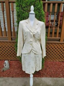 Vtg Dawn Joy Fashions 2 Pc Champagne Embroidered Skirt Suit - Size Juniors 9/10