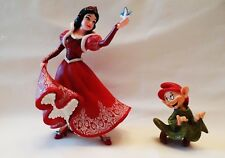 DISNEY COUTURE DE FORCE HOLIDAY SERIES SNOW WHITE FIGURINE WITH DOPEY 4058287