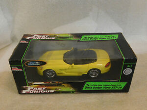 1/18 RACING CHAMPIONS THE FAST AND THE FURIOUS 2003 DODGE VIPER SRT10 YELLOW