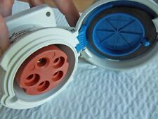 Nos Cooper Wiring Devices Cd530R9W Watertight Receptacle Iec309 Pin & Sleeve