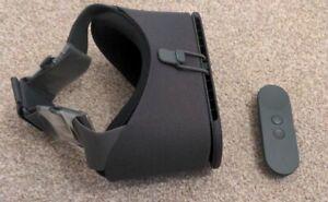 Google Daydream View Virtual Reality Smartphone VR Headset (Slate) X Ex Display