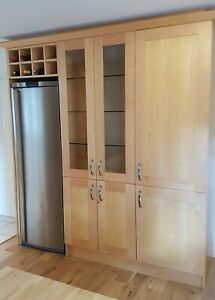 Used kitchen units - wall unit with glass doors - in very good condition