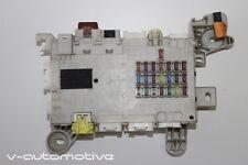 2004 LEXUS LS 430 / Lado del conductor CAJA DE FUSIBLES 82730-50110