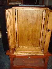 Butsudan,solid oak tri-fold doors. w/lightinjg, 25 inches tall