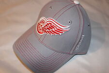 Detroit Red Wings NHL Hockey Reebok Cap Berretto Snapback superfici curve lisce Visor Hockey su ghiaccio