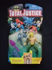 Total Justice - Aquaman with Blasting Hydro Spear- Gold Variant - Kenner 1996