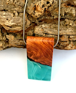 Resin & Wood Pendant Necklace – Mint Green / Wooden Necklace / Wooden Jewellery