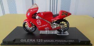 Moto Gilera 125 Pilote N° 54  Manuel Poggiali   2001   réf 467