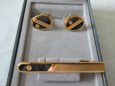 BEAUTIFUL VINTAGE DUNHILL BLACK ONYX AND GOLDTONE CUFFLINKS AND TIE PIN