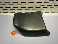 Suzuki GSX R / 750R / 1100 Sozius Sitz schwarz 45300-17C-01, Bezug beschädigt