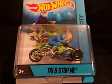 HOT WHEELS MOTORCYCLES TRI & STOP ME HOTWHEELS GREEN WITH REMOVABLE RIDER VHTF
